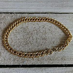 Jewelry - Antique unisex gold finish fashion bracelet 8 in.